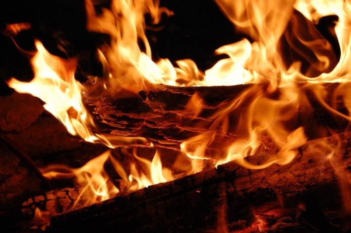 fire-403657_960_720